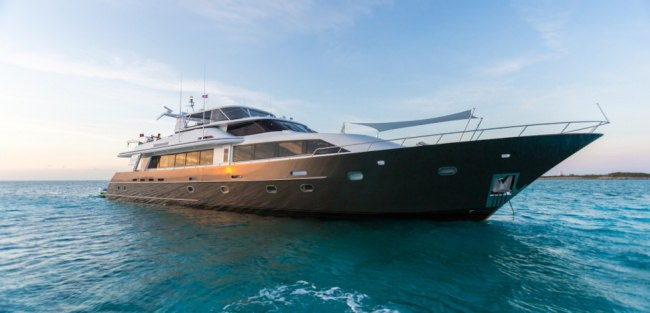unbridled116 charter yacht