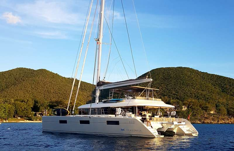 dragonfly62 charter yacht