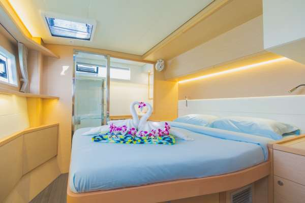 Queen Size Cabin (en-suite)
