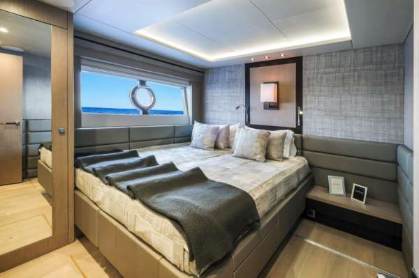 Twin Cabin - Beds Together
