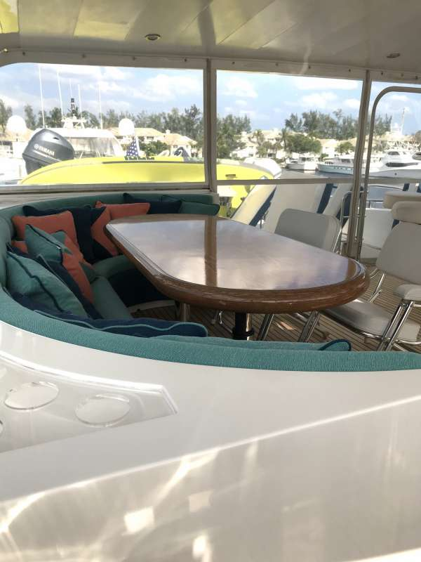 Flybridge dining table - bar on other side