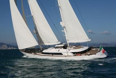 rosehearty184 charter yacht